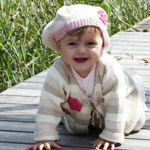 2200 Babykofta och basker i Tilda